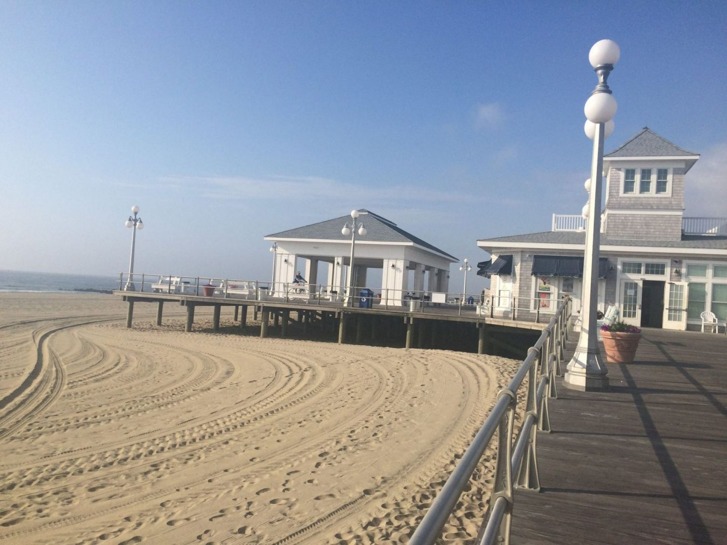 Summer in USA – Avon by the sea