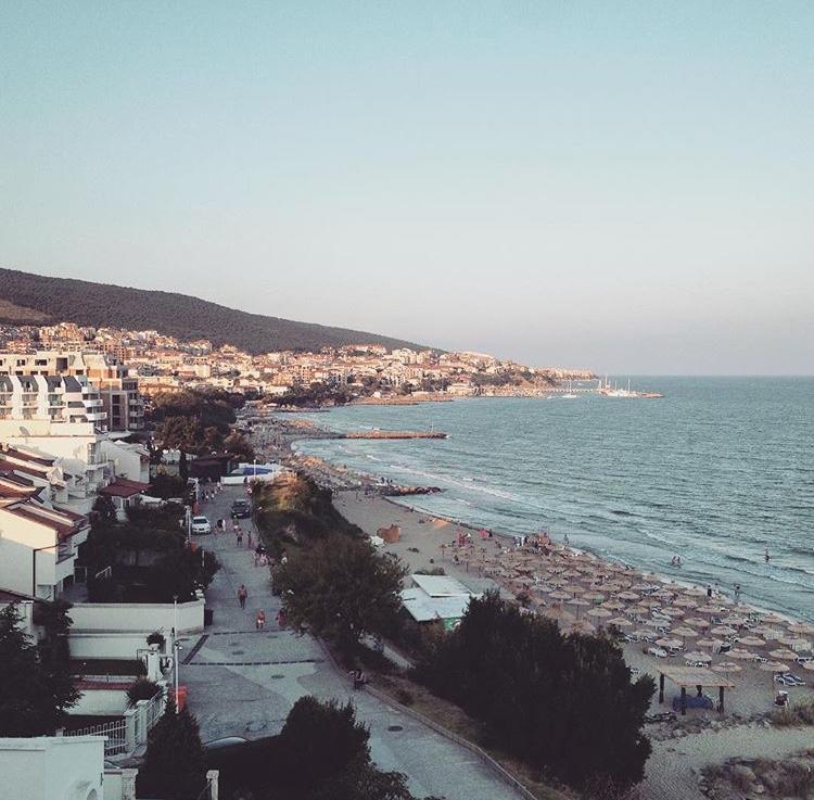 Bulgarias Moonlight Summer Experience